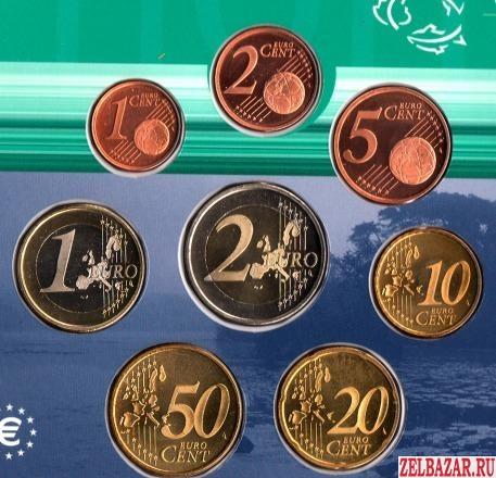 Набор Евро из 8 монет 2000 года.  UNC Нидерланды